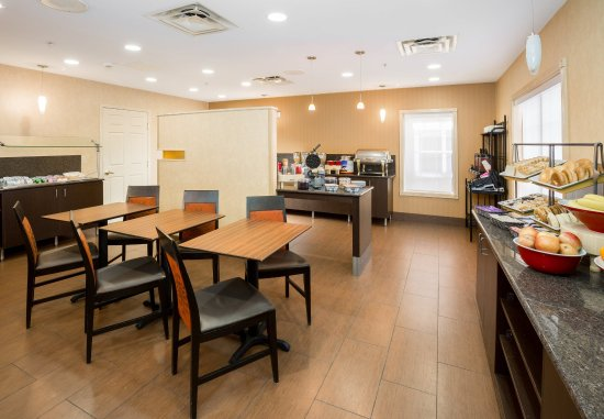 Bloomingdale, IL: Breakfast Dining Area