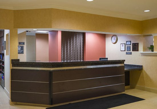 Greenbelt, MD: Front Desk