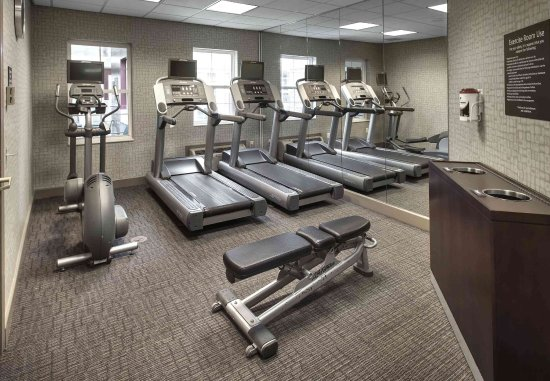 Somerset, NJ: Fitness Center