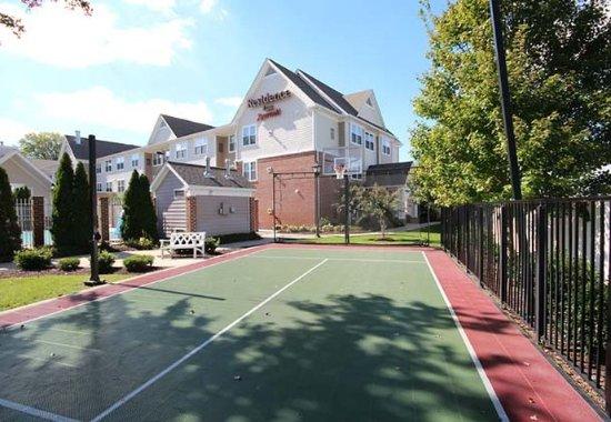 Salisbury, MD: Sport Court