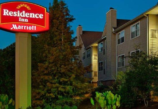 Residence Inn Savannah Midtown: Entrance