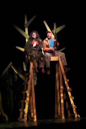 "Northern Sky Theater: ""Guys & Does"" the deer-hunting musical comedy"