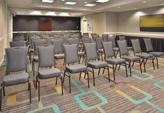 Loveland, CO: Meeting Room – Theater Setup