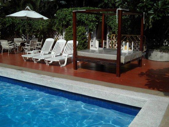 Hotel De Moc: Zwembad