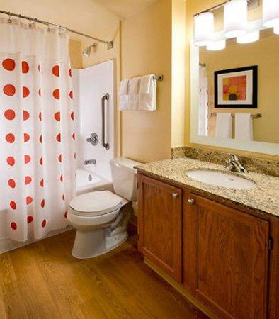 Westlake, Οχάιο: Studio Suite Bathroom