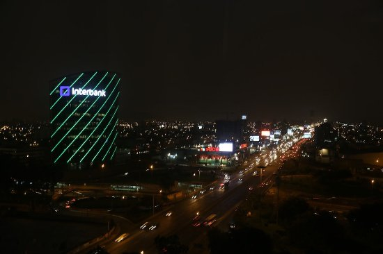 The Westin Lima Hotel & Convention Center: Room 1106 - Night view from room