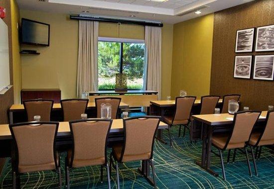 Medford, Oregón: Meeting Room – Classroom Setup