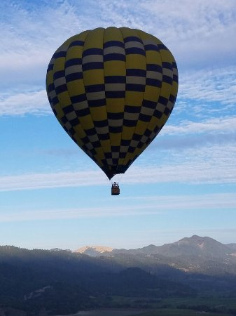 Balloons Above the Valley: 20160921_075941_large.jpg