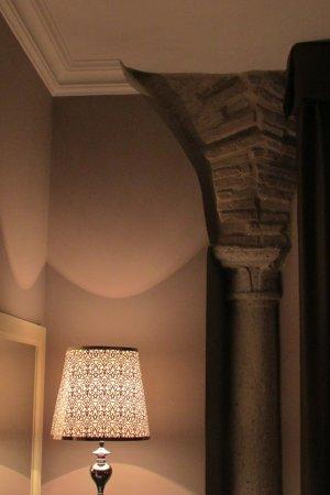 Hotel Palazzo dei Mercanti: Scorcio della stanza