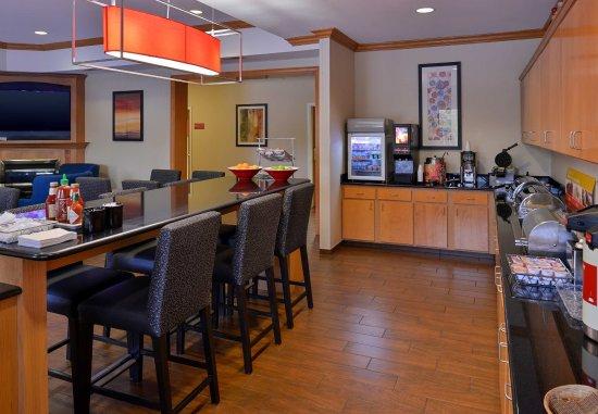 Warren, MI: Breakfast Bar