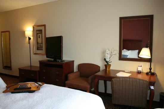 Fairmont, MN: Double Queen Room