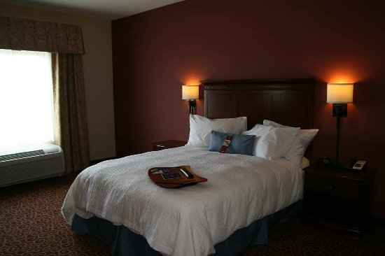 Fairmont, MN: Queen Room