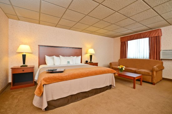 Butte, MT: Whirlpool King Suite