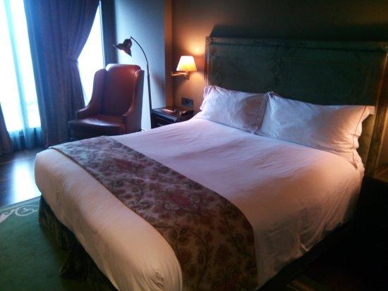 Castillo Gorraiz Hotel Golf & Spa 이미지