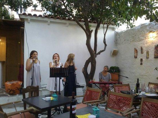Karystos, Hellas: Χόβολη