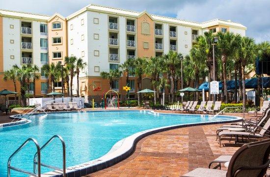 Holiday Inn Resort Orlando-Lake Buena Vista: Heated Pool