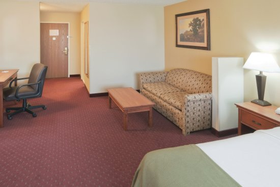 Fort Pierre, SD: Executive Suite