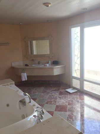 Paradisus Rio de Oro Resort & Spa: Verschiedene Aussichten vom Zimmer, Bad und Terrasse