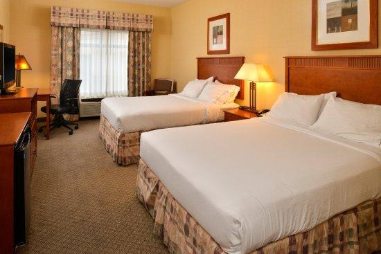 Washington, UT: Standard 2 Queen Guest Room
