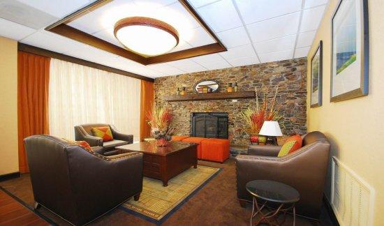 Forsyth, GA: Hotel Lobby