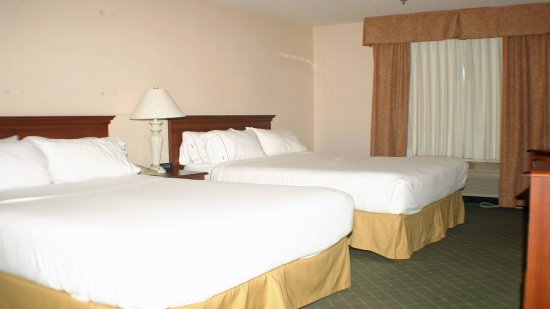 Holiday Inn Express & Suites Ex I-71/ Oh. State Fair/Expo Center: Our most popular room type with sporting teams.