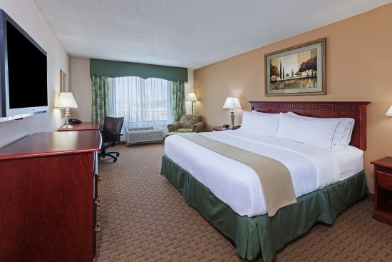 Selma, تكساس: Spacious and comfortable King Bed Guest Room