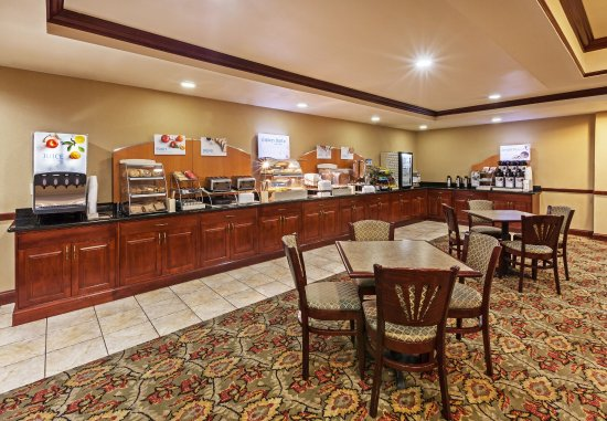 Selma, TX: Browse our delicious breakfast bar