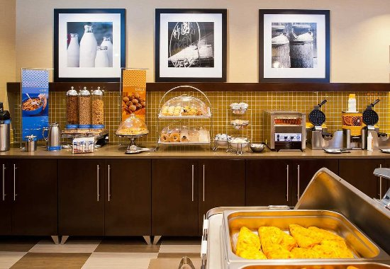 Hampton Inn by Hilton Shelton: Free Hot Breakfast Daily