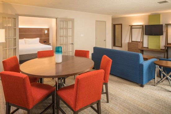 Holiday Inn Express Springfield: Guest Room