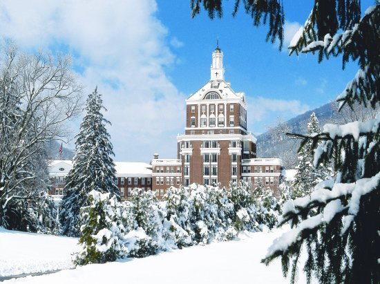 Hot Springs, VA: Winter at The Omni Homestead Resort