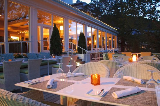 Hot Springs, VA: Jefferson's Restaurant terrace