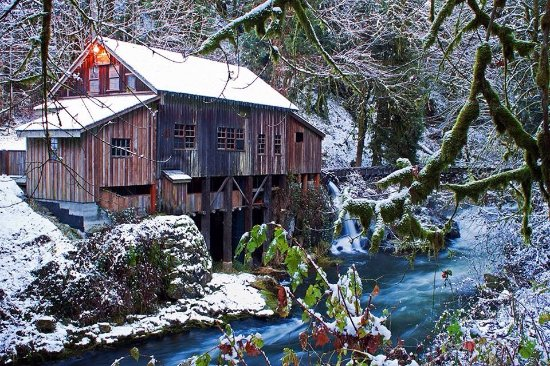 Woodland, WA: Winter at the Mill
