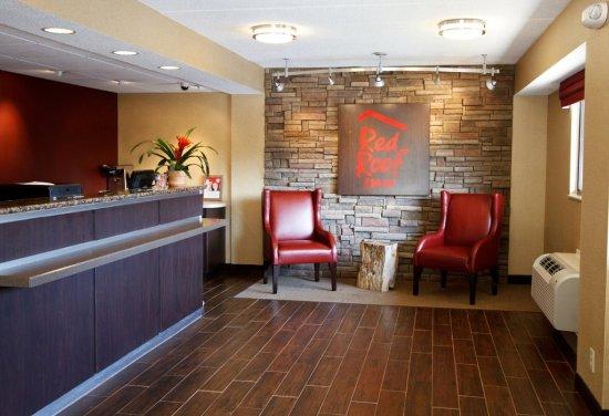 Red Roof Inn Kalamazoo West - Western Michigan U: Lobby