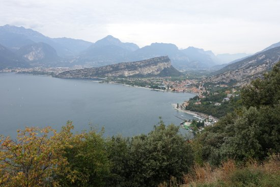 Hotel Castello Lake Front: View of Torbole from the hiking trail from Tempeste.