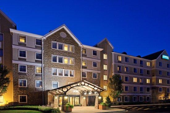 Meridian Park Suites Aurora