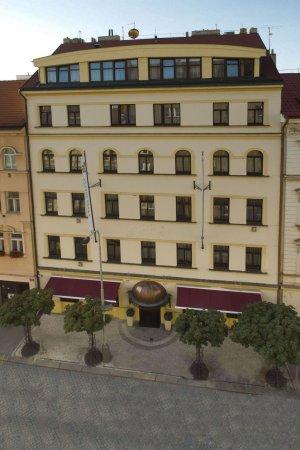 Louren Hotel: Hotel exterior