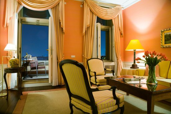 Le Palais Art Hotel Prague: Balcony Suite