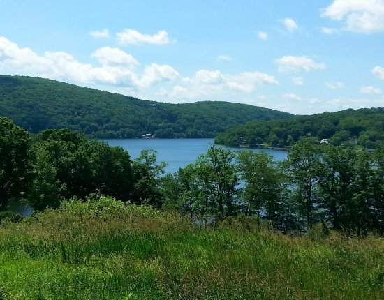 New Preston, CT: The lake is so pretty when it's sunny, just wish we could see more of it.
