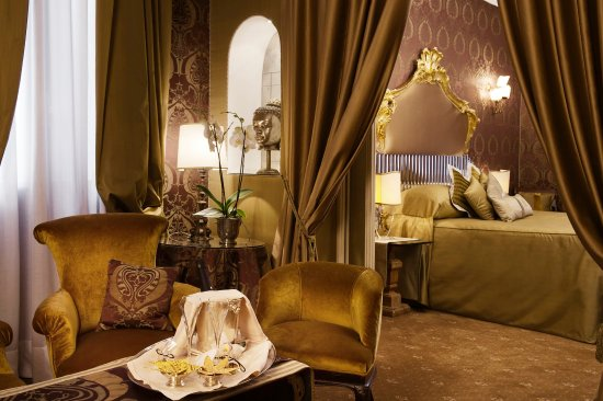 Metropole Hotel: Suite with Garden view