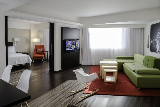 Fiesta Inn Monterrey Valle: Junior Suite