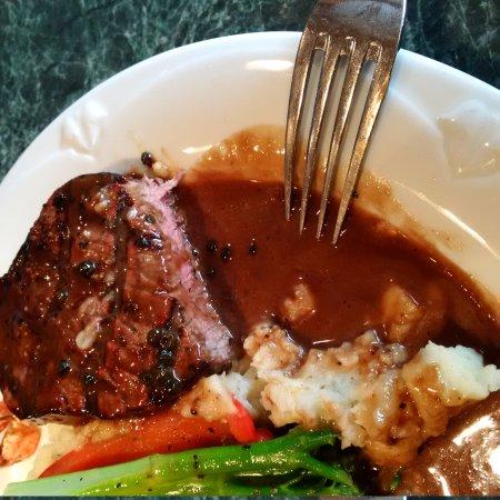 The Coast Hillcrest Resort Hotel Restaurant: steak requested medium was spot on!