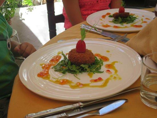 Santa Barbara de Nexe, Portugalia: Pretty, appetising dishes
