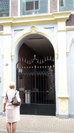 Gorinchem, Holandia: the very decorative gate