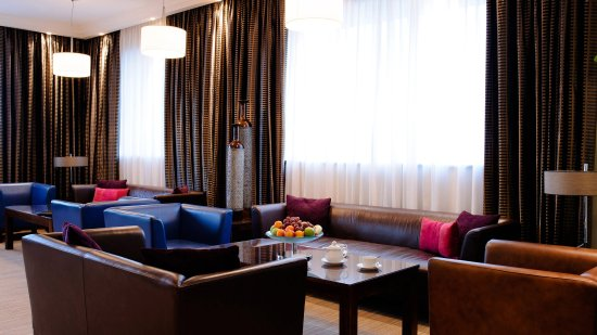 InterContinental Hotel Warsaw: Club Floor Lounge