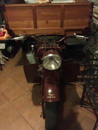 Domaso, Italien: Motorrad Transporter