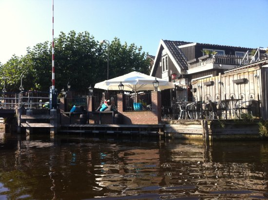 Vinkeveen, The Netherlands: terras naast de Heulbrug