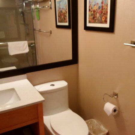 The Coast Hillcrest Resort Hotel: spotless