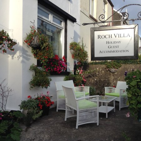 Roch Villa Bed and Breakfast: Front of Holiday Guest Accommodation