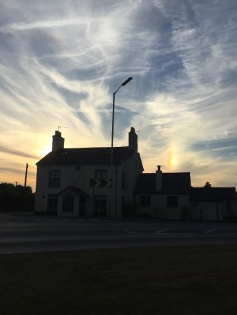 Whitchurch, UK: Sunset over the Horse and Jockey