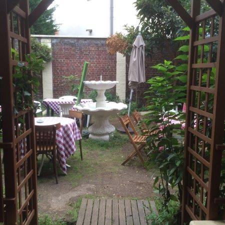 La Garenne-Colombes, France : Les Jardins de Voltaire